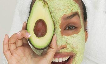 Nemlendirici etkili ev yapımı maske