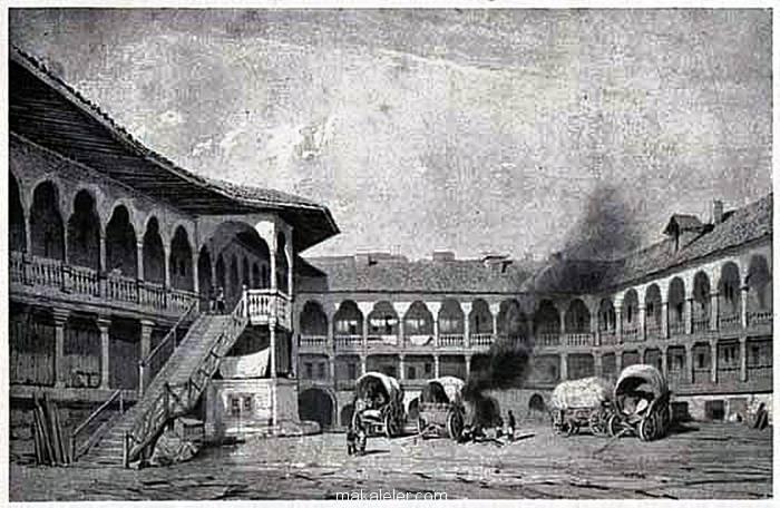 Bükreş Antlaşması, Romanya'nın en eski işletmesi olan Bükreş'teki Manuc's Inn (Rumence: Hanul lui Manuc) Oteli'nde imzalanmıştır.