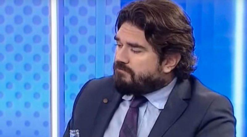 Rasim Ozan Kütahyalı Erdoğan'ın ekonomi danışmanı Korkmaz Karaca'ya 'kaşar' dedi